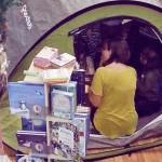 Una tenda in libreria